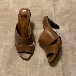 Sofft brown heeled leather sandals 6